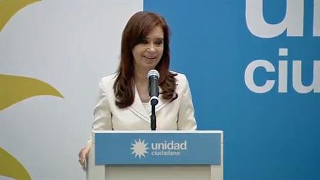 Cristina debutó con un proyecto para prohibir cuentas off shore de funcionarios