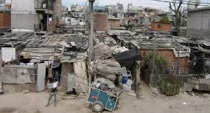 Desde la UCA advierten que la pobreza crecerá