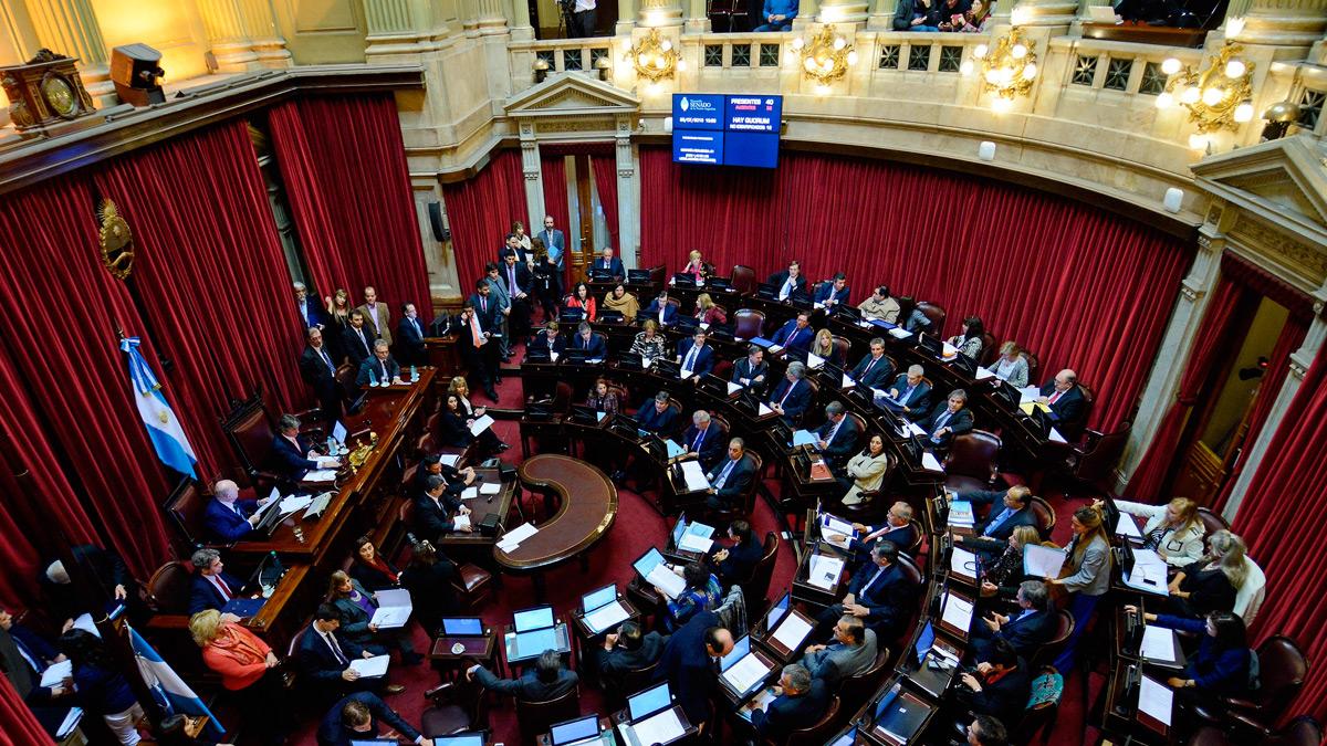 La disputa del peronismo por la conducción en el Senado