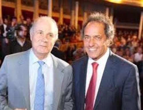 Cacho Álvarez se reunió con Perez para descartar su posible  renuncia