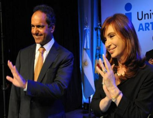 Cristina y Scioli desembarcaron en Chubut