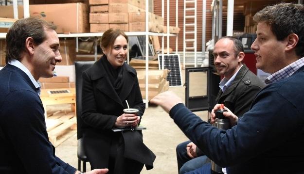 Vidal y Garro recorrieron empresa ubicada en Los Hornos