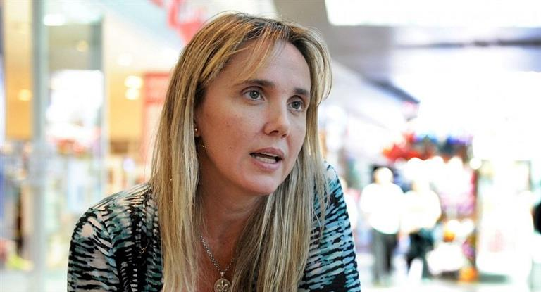 Gladys González votará a favor de legalizar el aborto