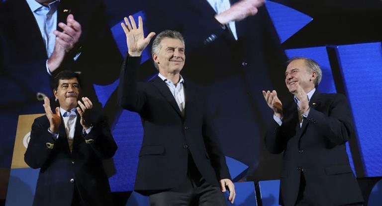 Macri prometió a empresarios medidas para las pymes