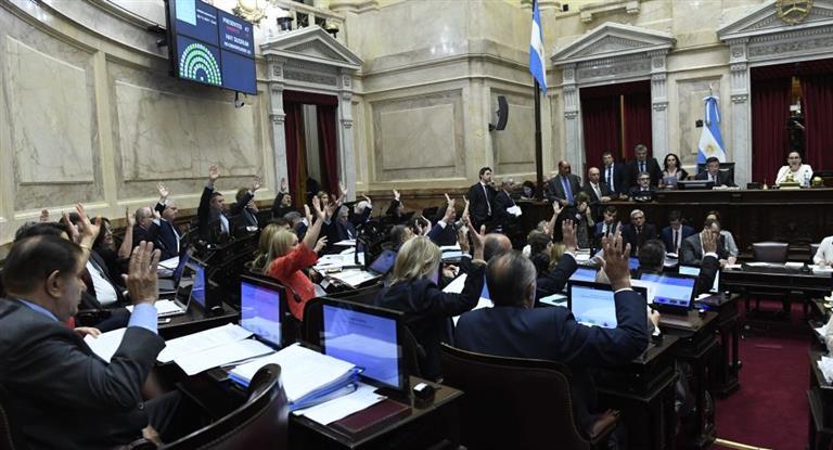 La oposición vuelve a la carga para debatir los aumentos de tarifas